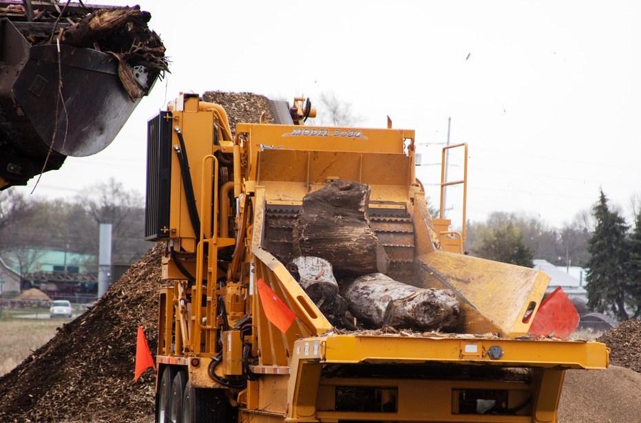 Triturador de biomassa e mycsa